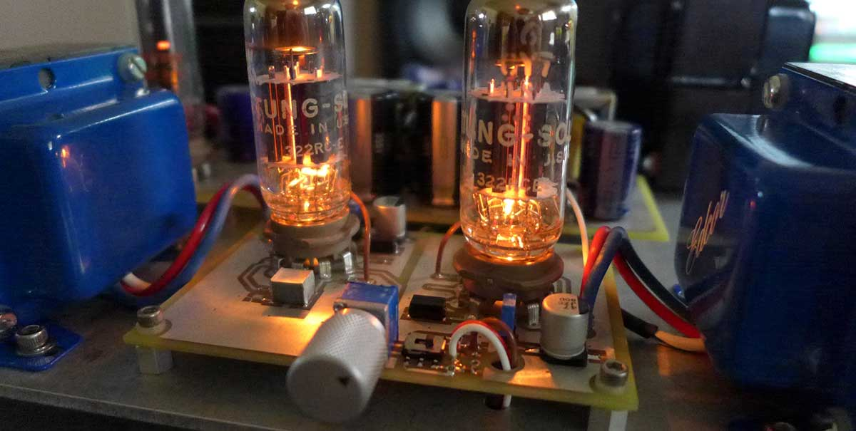 What is a headphone tube amp
