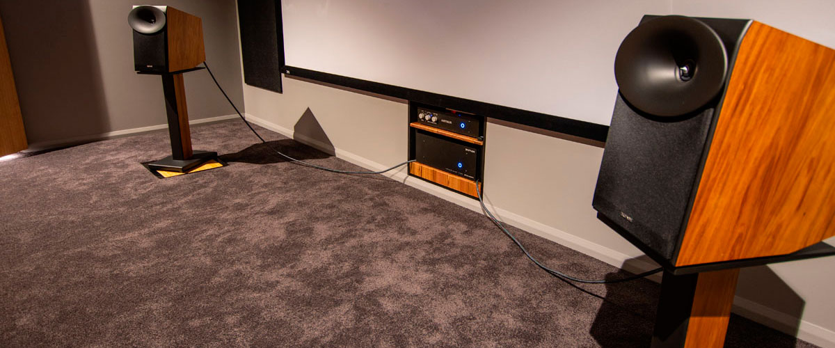 speakers with projector