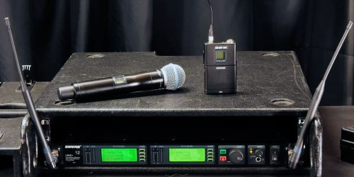 What is a Wireless Microphone System